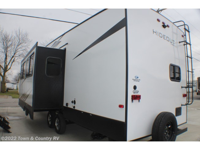 2020 Keystone Hideout 301DBS - New Fifth Wheel For Sale by Town & Country RV in Clyde, Ohio features Air Conditioning, Bunk Beds, Exterior Speakers, Furnace, Microwave, Oven, Power Awning, Refrigerator, Stove, TV, Water Heater