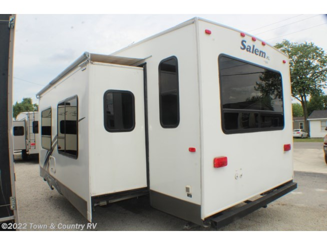 2006 Forest River Salem 29RLSS - Used Fifth Wheel For Sale by Town & Country RV in Clyde, Ohio