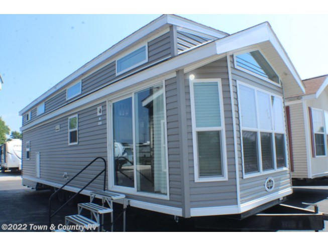 Used 2016 Dutch Park Sterling S777 Double Loft available in Clyde, Ohio