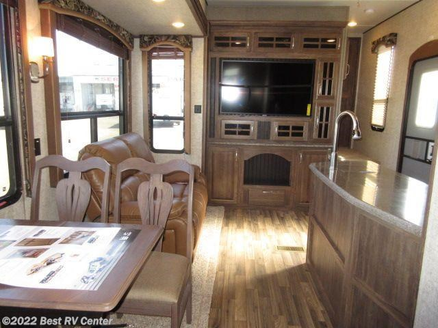 2016 Keystone Rv Avalanche 361tg 2 Bedroom 5 Slideouts 2