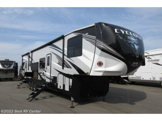 New 2020 Heartland Cyclone 4115 available in Turlock, California
