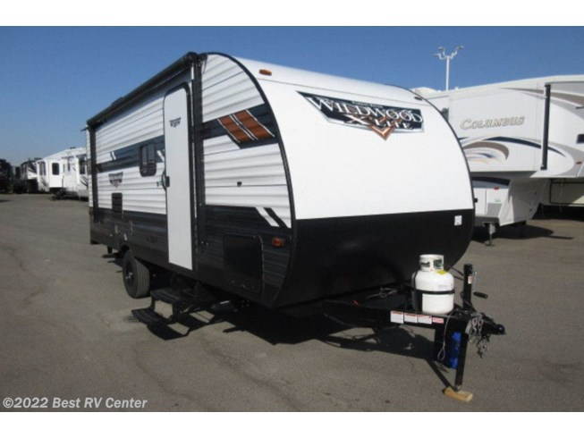 New 2020 Forest River Wildwood X-Lite 197SS available in Turlock, California