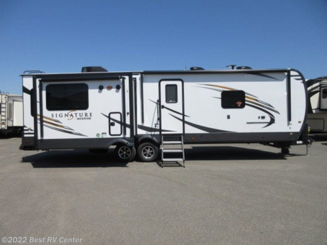 2020 Rockwood Signature Ultra Lite 8329SB by Forest River from Best RV Center in Turlock, California
