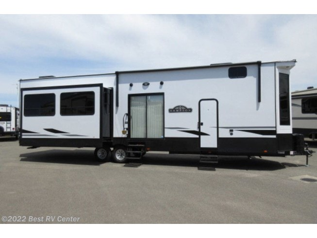 2021 Hampton HP375DBL by CrossRoads from Best RV Center in Turlock, California
