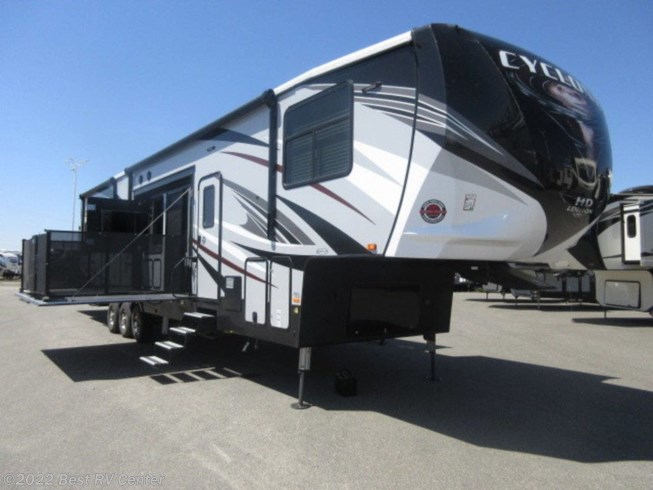 New 2019 Heartland Cyclone 4270 available in Turlock, California