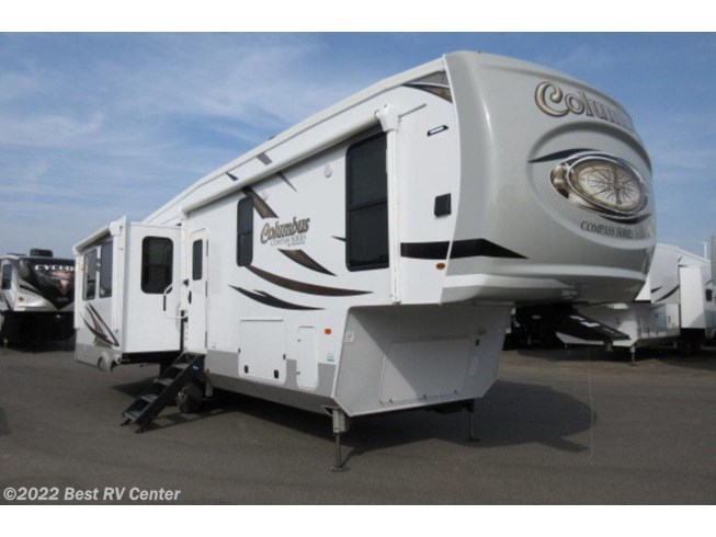 New 2020 Palomino Columbus Compass 329DVC available in Turlock, California