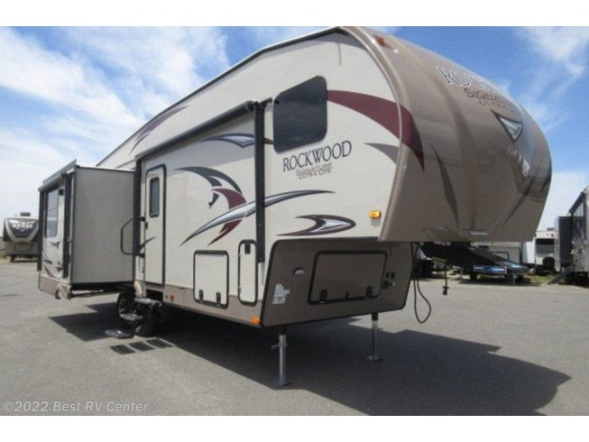 New 2018 Forest River Rockwood Signature Ultra Lite 8295WS available in Turlock, California