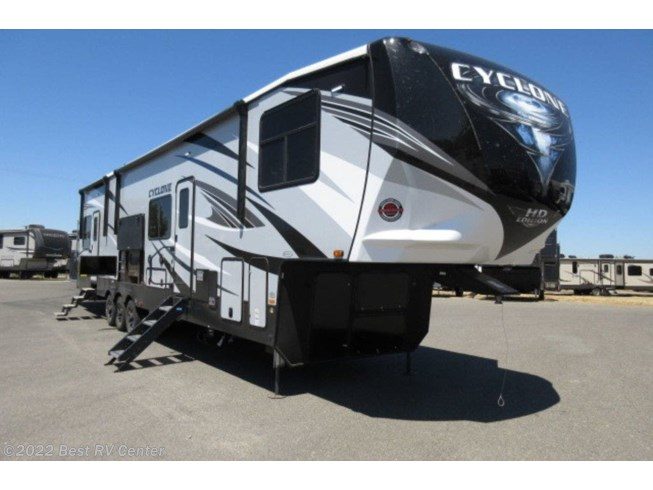 New 2021 Heartland Cyclone 4115 available in Turlock, California