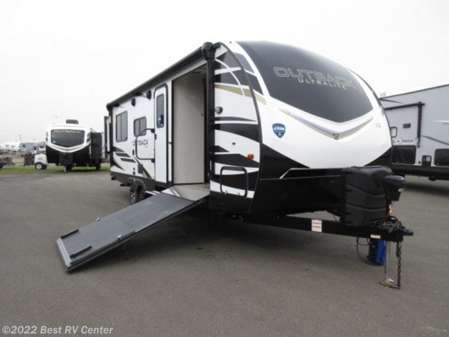 New 2021 Keystone Outback Ultra-Lite 240URS available in Turlock, California