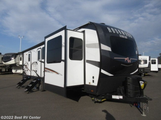 New 2021 Forest River Rockwood Signature Ultra Lite 8324SB available in Turlock, California