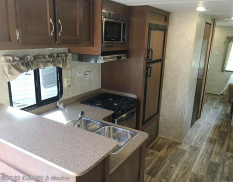 20174bh 2017 Riverside 31 Front Bunkhouse Washer Dryer