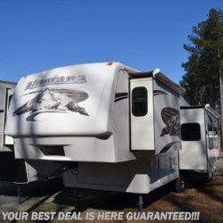 2006 Keystone Montana 2955RL  - Fifth Wheel Used  in Seaford DE For Sale by Delmarva RV Center in Seaford call 302-212-4392 today for more info.