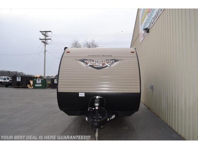 2018 Forest River Wildwood X-Lite FSX 197BH - New Travel Trailer For Sale by Delmarva RV Center in Seaford in Seaford, Delaware features Air Conditioning, Auxiliary Battery, Awning, Booth Dinette, Bunk Beds, CD Player, CO Detector, LP Detector, Medicine Cabinet, Microwave, Queen Bed, Refrigerator, Roof Vents, Shower, Skylight, Smoke Detector, Spare Tire Kit, Stove Top Burner, Toilet, Water Heater