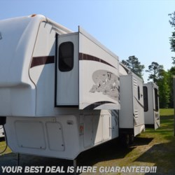 2009 Keystone Montana 3665RE  - Fifth Wheel Used  in Seaford DE For Sale by Delmarva RV Center in Seaford call 302-212-4392 today for more info.