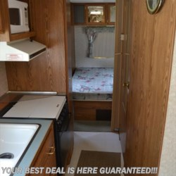Used 1995 Fleetwood Wilderness 27N For Sale by Delmarva RV Center in Seaford available in Seaford, Delaware