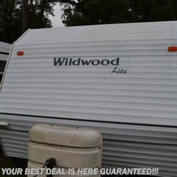 Used 2002 Forest River Wildwood 25FB For Sale by Delmarva RV Center in Seaford available in Seaford, Delaware