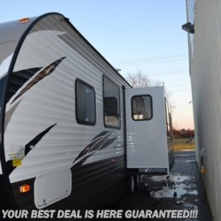 Delmarva RV Center in Seaford 2018 Wildwood 28RLSS  Travel Trailer by Forest River | Seaford, Delaware