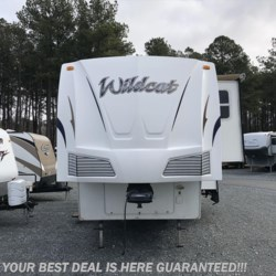 2009 Forest River Wildcat 28RKBS  - Fifth Wheel Used  in Seaford DE For Sale by Delmarva RV Center in Seaford call 302-212-4392 today for more info.