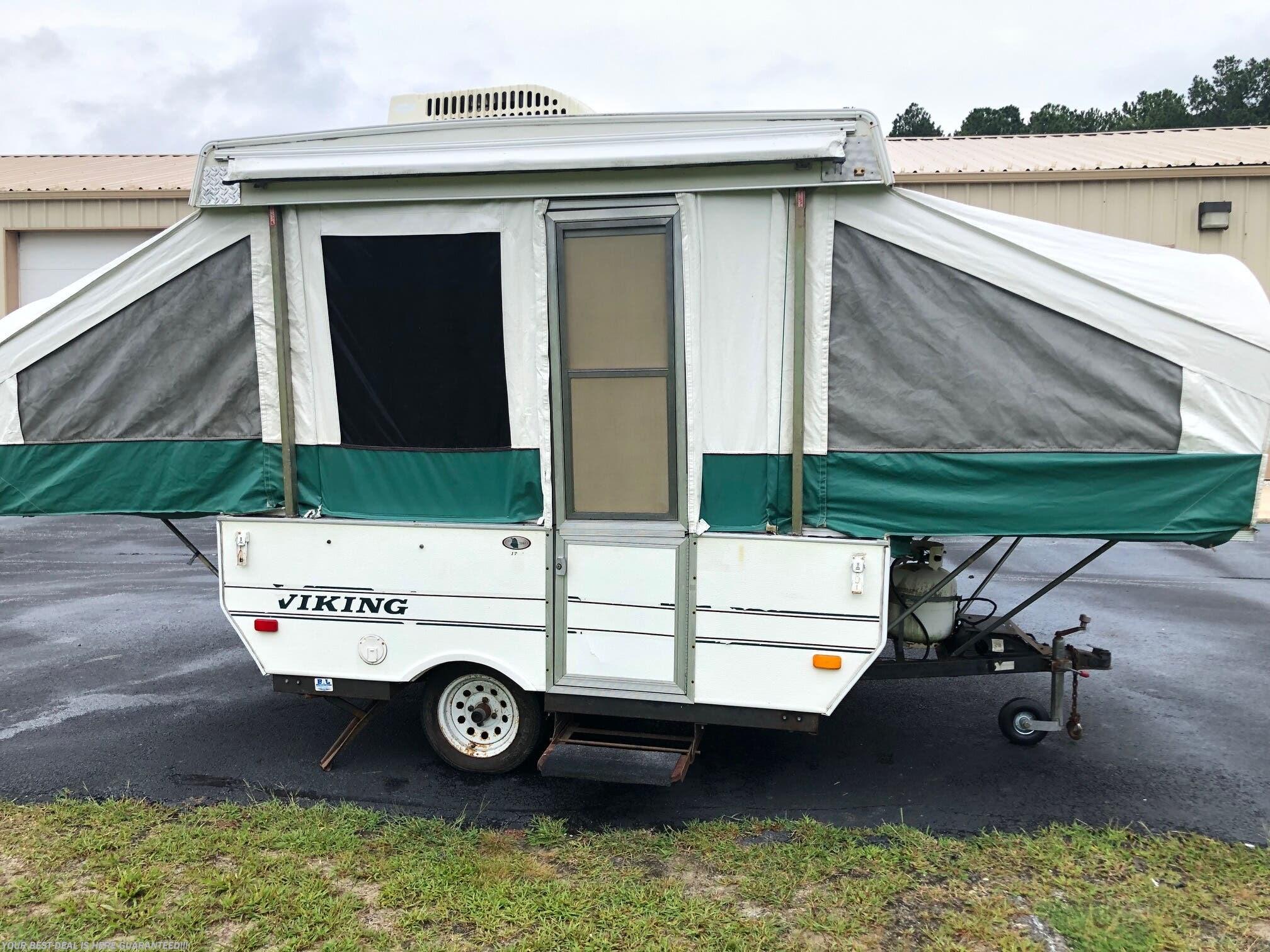 US18115 - 2001 Coachmen Viking 17' for sale in Seaford DE