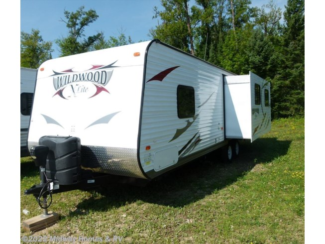 2013 Forest River Wildwood X-Lite 251RL