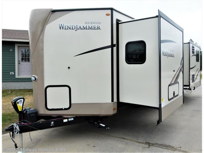 <span style='text-decoration:line-through;'>2019 Forest River Rockwood Windjammer 3029V</span>