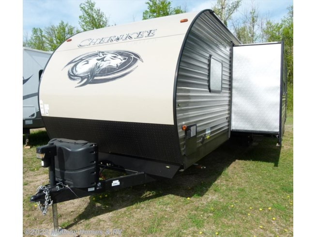 Used 2017 Forest River Cherokee 294BH available in Grand Rapids, Minnesota