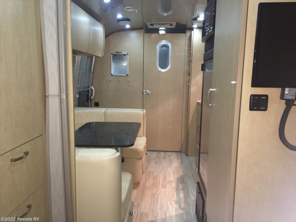 2014 Airstream Rv Flying Cloud 23fb For Sale In North Las
