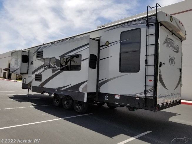 Used 2018 Eclipse Attitude 35 GSG available in Las Vegas, Nevada