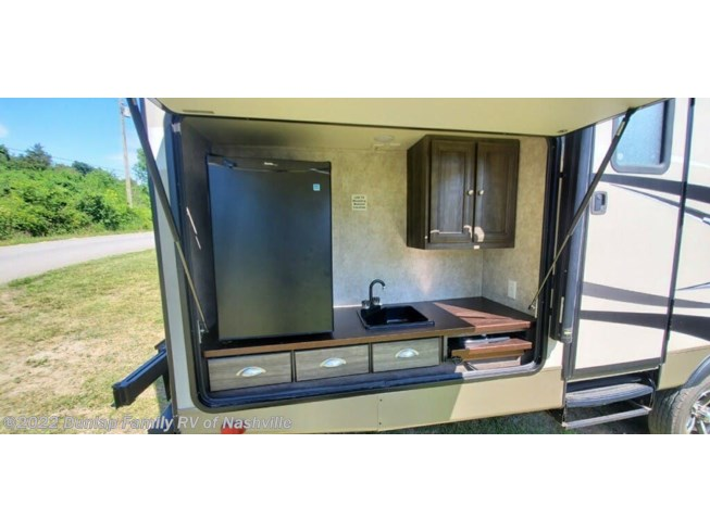 Used 2017 Highland Ridge Ultra Lite available in Lebanon, Tennessee