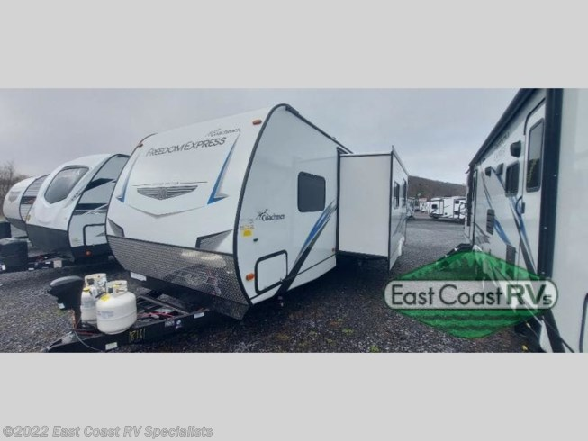 New 2021 Coachmen Freedom Express Select 29SE available in Bedford, Pennsylvania