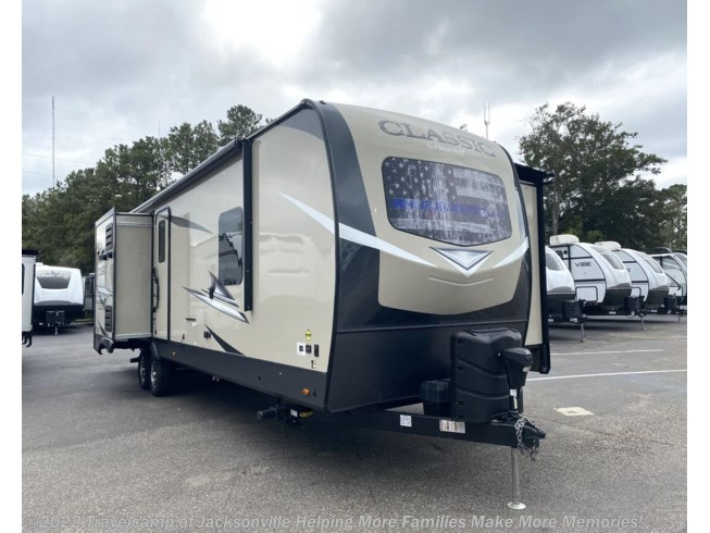 Used 2020 Forest River CLASSIC 832BHKS available in Jacksonville, Florida