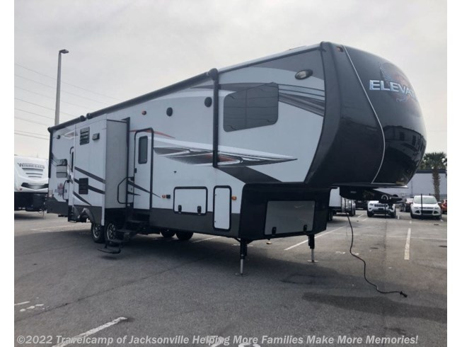 Used 2018 Jayco Eagle 324BHTS available in Jacksonville, Florida