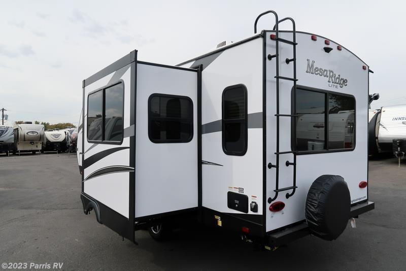 2018 Highland Ridge RV Travel