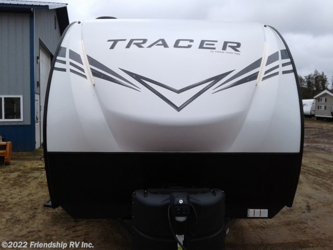 2020 Prime Time Tracer 24RKS - New Travel Trailer For Sale by Friendship RV Inc. in Friendship, Wisconsin features 30 Amp Service, Air Conditioning, Exterior Speakers, External Shower, Furnace, LED Lights, Medicine Cabinet, Microwave, Oven, Power Awning, Queen Bed, Recliner(s), Refrigerator, Shower, Skylight, Slideout, Sound Bar, Stove, Water Heater