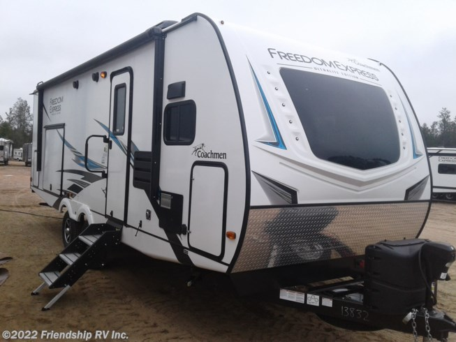 New 2021 Coachmen Freedom Express Ultra Lite 259FKDS available in Friendship, Wisconsin