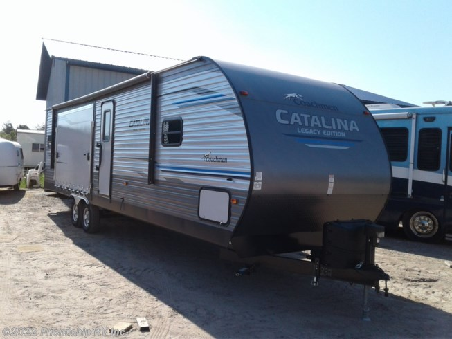 Used 2019 Coachmen Catalina Legacy Edition 303RKP available in Friendship, Wisconsin