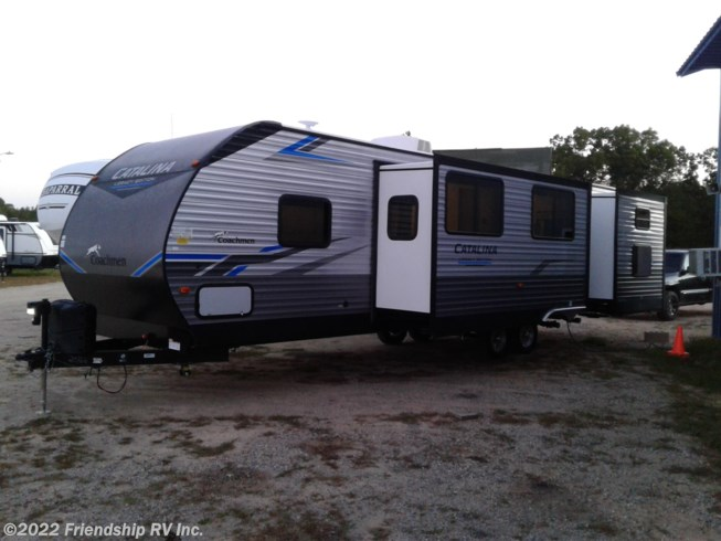 New 2021 Coachmen Catalina Legacy Edition 323BHDSCKLE available in Friendship, Wisconsin