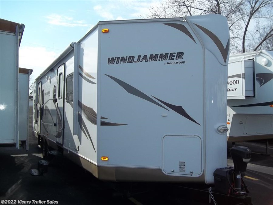 2012 Forest River Rockwood Windjammer 3002W