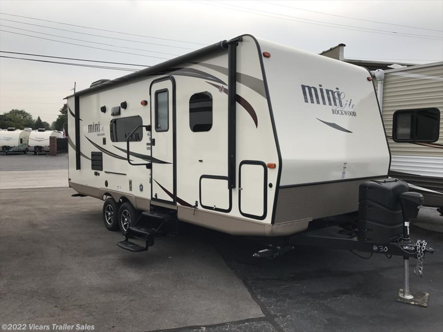 2017 Forest River Rockwood Mini Lite 2504S