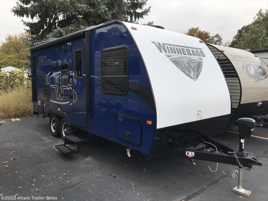 2018 Winnebago Micro Minnie 2106FBS
