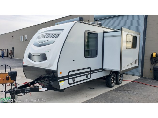 2020 Micro Minnie 2108DS  (Platinum/Pearl) by Winnebago from Vicars Trailer Sales in Taylor, Michigan