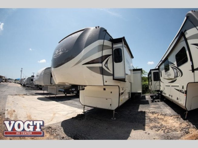 2020 Jayco North Point 377RLBH - New Fifth Wheel For Sale by Vogt Family Fun Center in Fort Worth, Texas features Slideout