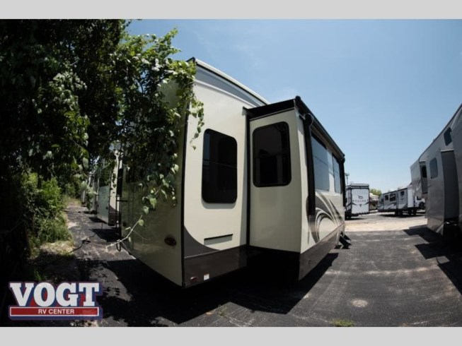 New 2020 Jayco North Point 377RLBH available in Fort Worth, Texas