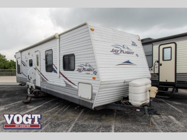 Used 2009 Jayco Jay Flight 32RLS available in Fort Worth, Texas