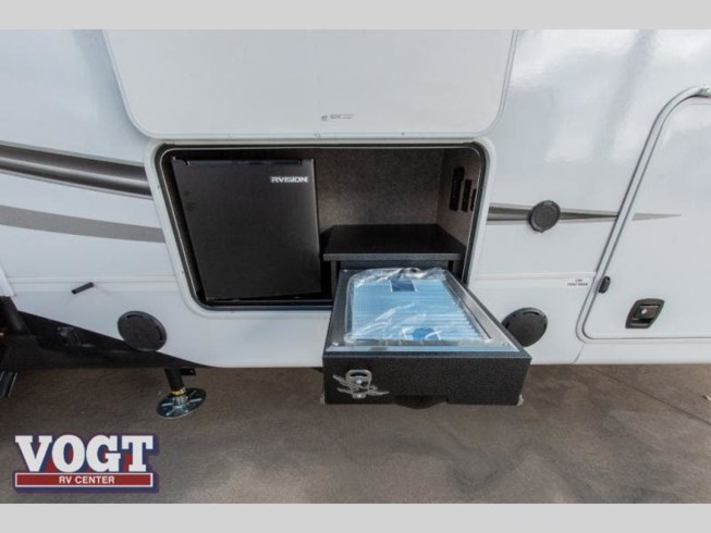 2021 Jayco Eagle 355MBQS - New Fifth Wheel For Sale by Vogt Family Fun Center  in Fort Worth, Texas features Slideout