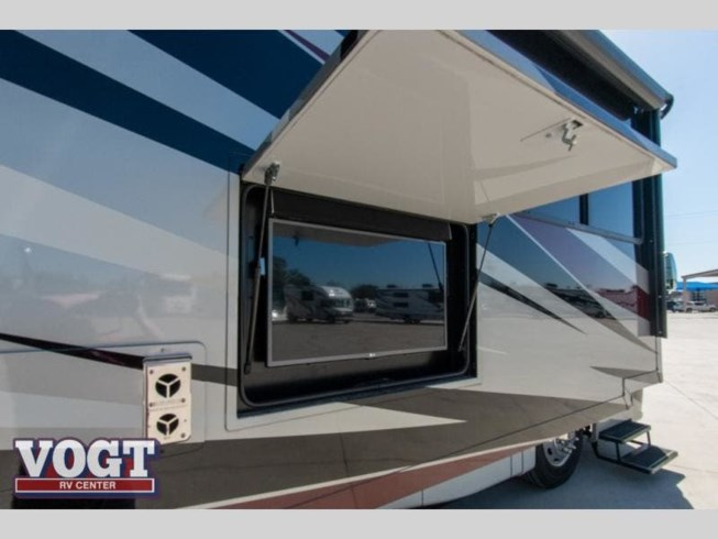 Used 2018 Tiffin Allegro Red 33 AA available in Fort Worth, Texas