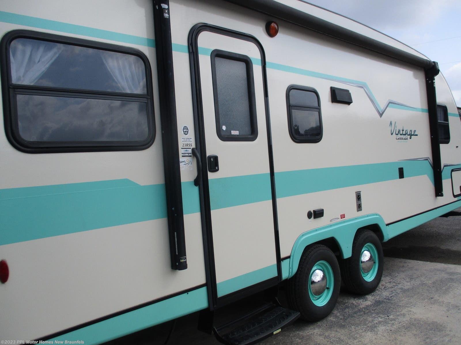 2017 Gulf Stream RV Vintage 23RSS for Sale in New Braunfels, TX 78130 |  T128NB