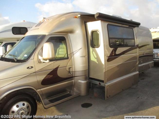 Used 2008 Coach House Platinum 272XL available in New Braunfels, Texas