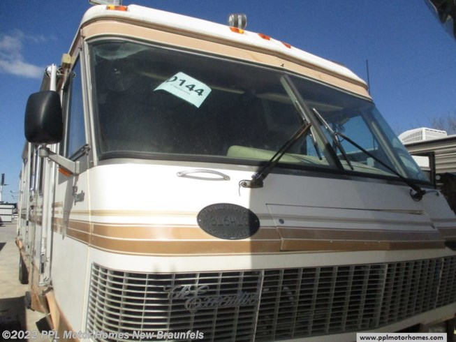 Used 1990 Monaco RV Executive MONACO DETROIT available in New Braunfels, Texas