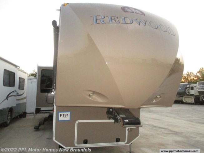 Used 2012 Thor Redwood 36RL available in New Braunfels, Texas